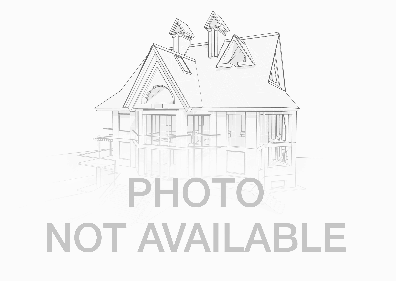 927 3rd ave ne crookston mn 56716 mls id 17 875 for Leblanc custom homes